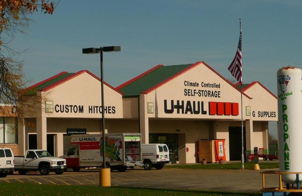 U-Haul  - Exterior Commercial Painting - Crystal Lake, IL